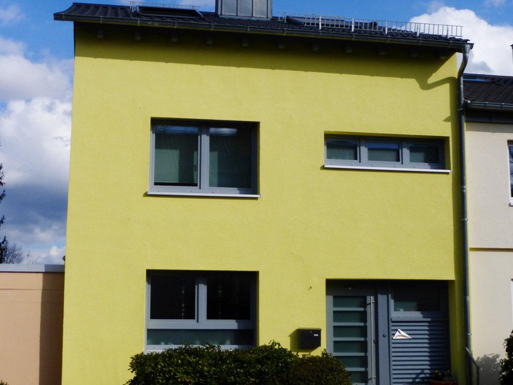 Stuckateur-Kleiner-Referenz-Wohnhaus-Vollwaermeschutz-Hambach
